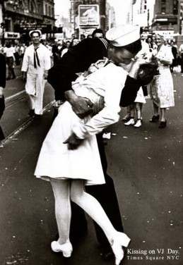 vjday times square.png